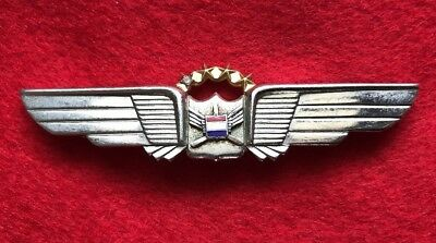United Airlnes 4th Issue Pilot Wings With One Diamond Crew Badge
