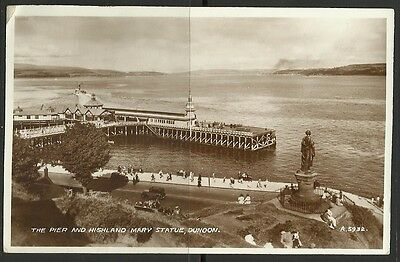Ansichtskarte: The Pier and Highland Mary Statue, Dunoon