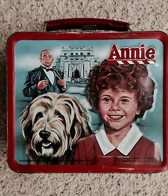 Vintage 1981 Little Orphan Annie Metal Lunch Box W/Thermos