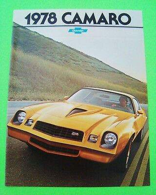 1978 CHEVROLET CAMARO DLX DEALER BROCHURE Color Catalog w/ Z-28 and RS XLNT+