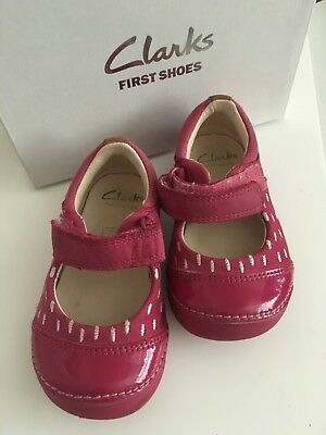 Clarks Girls Infant Leather Shoes Size 4G Pink Softly Lou