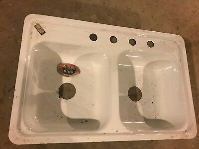 "1960 NOS never used Farm Porcelain KITCHEN, ""DOUBLE"" sink, mint,32x21 & 10"" deep"
