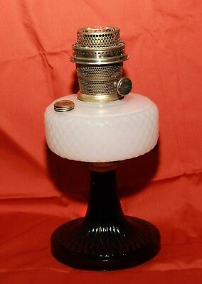 1937 White Moonstone Black Foot Quilt Aladdin Oil Lamp  Burner Great Condition