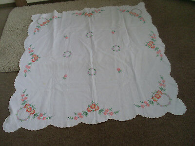 Really Lovely Linen Hand Embroidered & Crochet Detail Tablecloth ( Fab )