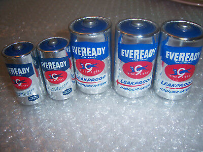 Vintage Lot of 5 EVEREADY Cat 9 Lives Batteries Size C and D