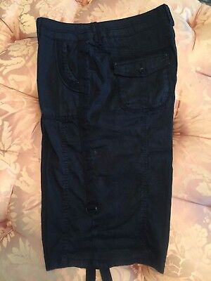 Chico's Women's Casual Shorts Size 2 Black (Ladies Size 12 to 14 Large )