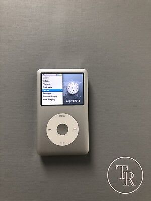 Apple iPod classic 7th Generation Silver (160 GB) - - CLEAN!!!