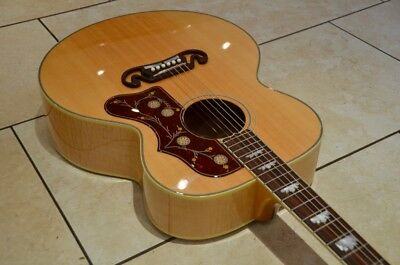 2014 Gibson SJ 200 With factory fitted Fishman Aura pickup
