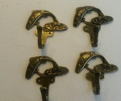 4 VINTAGE SOLID BRASS TROUT FISH HOOKS COAT  HOOKS WITH SCREWS (1b)
