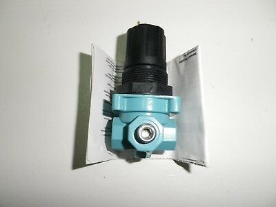 Wilkerson Precision Pressure Regulator  R05-01-000 NOS NIB NEW