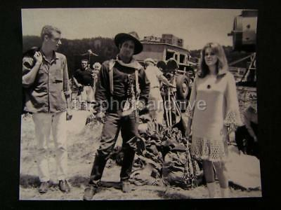 Ann Margret Stagecoach Candid Set PHOTO 283S