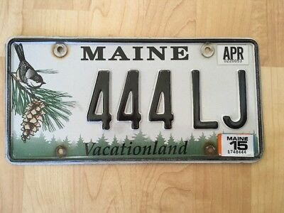 Maine License Plate VACATIONLAND Chickadee & Pine Cone April 2015