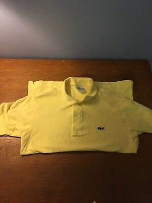 LACOST MEN'S CLASSIC FIT COTTON PIQUÉ POLO, French Size - 3 , U.S -  Small.