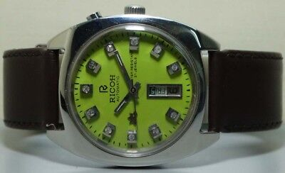 Vintage Ricoh Automatic Day Date Mens Wrist Watch r811 Old Used Antique