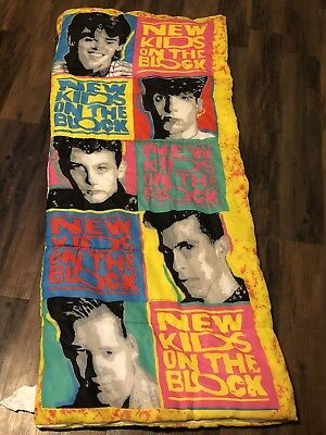 VINTAGE NEW KIDS On The Block Sleeping Bag with Carry Case Duffle ... a7bd4c67e535e
