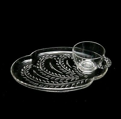 VINTAGE FEDERAL GLASS Co Iridescent Glass Snack Trays & Cups 8 Piece ...