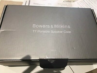 Bowers & Wilkins T7 Portable Speaker Case NEW PROTECTION BLUETOOTH BOXED B&W BNI