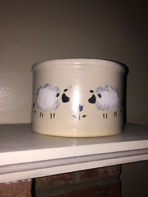 Sheep UNIQUE PATTERN Crock Bowl Robinson Ransbottom Roseville Ohio Made In USA