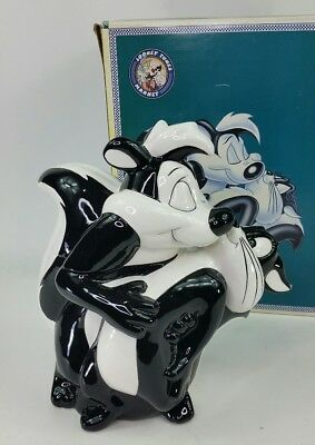 Vtg Looney Tunes 1996 Warner Bros. Pepe Le Pew Kissing Penelope Cookie Jar MC!
