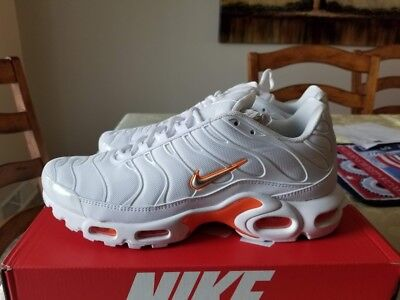40419496ad NIKE AIR MAX PLUS - MEN'S - White/Metallic Silver/Total Orange | TN ...