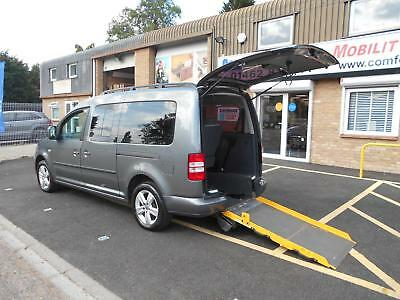 Volkswagen Caddy Maxi 1.6TDI C20 DSG Maxi Life 7 SEAT WHEELCHAIR ACCESS