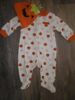 Baby Boy or Girl Halloween Outfit by Carters Size 6M NEW Sleep N Play w Hat