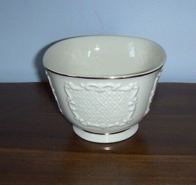 LENOX Square Ivory Canterbury CANDY, NUT BOWL ~ 24K Gold ~ MINT Condition