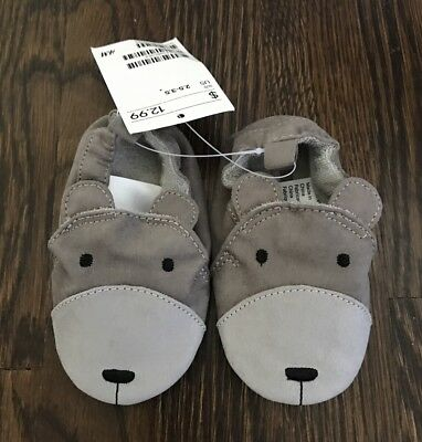NWT  H & M baby gray animal slipper size 2.5-3.5