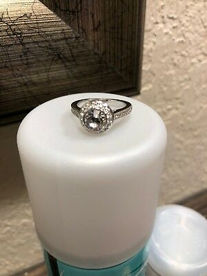 6f00e3823 ATTRACT LIGHT ROUND RING, WHITE, RHODIUM PLATING Swarovski NO RESERVE