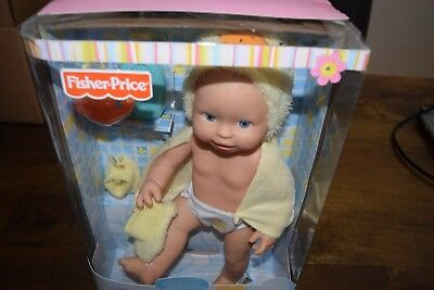Fisher Price Little Mommy Scrub-a-dub-dub doll NIB 2+ #811698