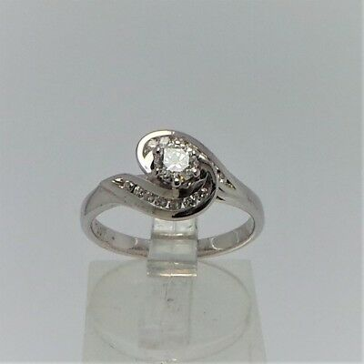 18ct WHITE GOLD DIAMOND RING VALUED @2726 COMES WITH VALUATION