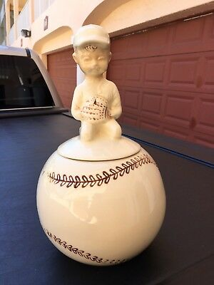 VINTAGE NELSON McCOY POTTERY BASEBALL PLAYER SITTING ON BALL COOKIE JAR
