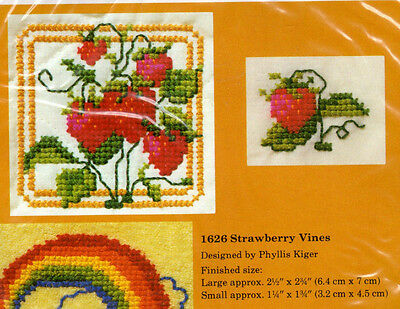 """NOS Creative Circle Counted Cross Stitch Waste Canvas Kit 1626 """"Strawberry Vines"""