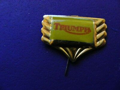 TRIUMPH  motorcycle very old pin badge..1950s ..tinplate/tinlitho.(B)