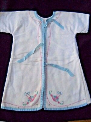 Beautiful VIntage Hand Embroidered BABY Robe/Sleepwear /Clothing/Nightgown (500)