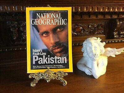 National Geographic Magazine September 2007 - Islam's Fault Line - Pakistan