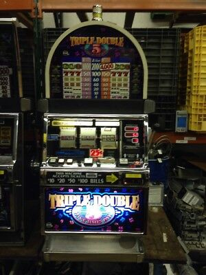 IGT S2000 Triple Double Five Times Pay SLOT MACHINE