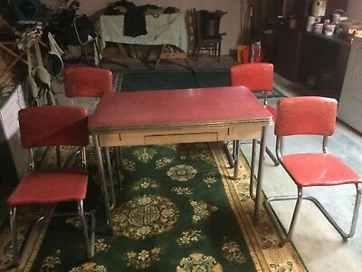 Chrome Retro 1950's Table & 4 Chairs