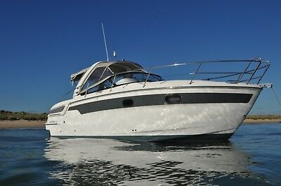 Power Boat Bavaria Sport - 9 Metres 2014 with 4 berths