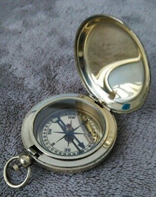 FLIP TOP BRASS POCKET COMPASS. New.