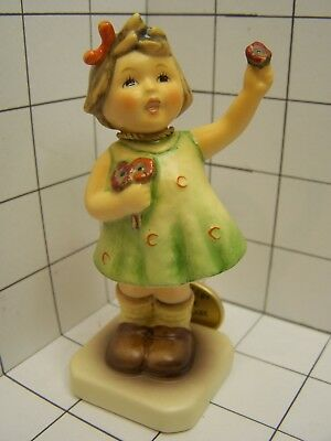 Hummel ceramic figurine: Forever Yours TMK 7 Mold 793 4 inches tall