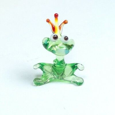 Tiny glass figurine Princess FROG blown glass Murano home decor ornament. VIDEO