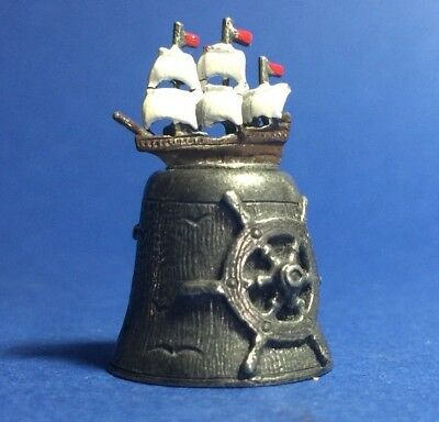 U0229, Gorgeous Naval Themed Thimble
