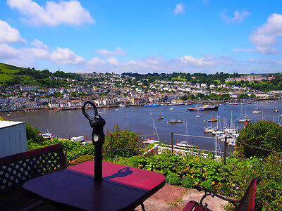 DARTMOUTH PANORAMIC VIEW OVER R DART ESTUARY SLEEPS 4 FREE PARKING FREE WiFi