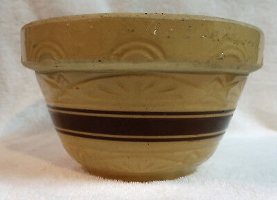 """Vintage Robinson Ransbottom Pottery RRP Co. Yellow Ware Mixing Bowl 7"""""""
