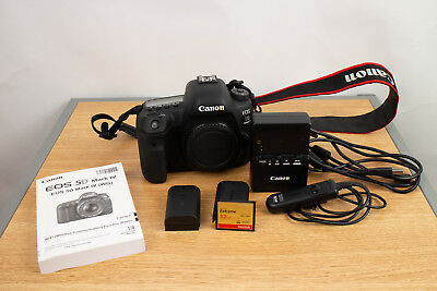 Canon EOS 5D Mark IV 30.4MP Digital SLR Camera - (Body Only) Low Clicks - Extras