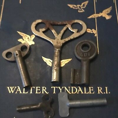 Old  Keys 5 Victorian,Georgian,Cabinet,Clock Keys PadLock,locker,Toy Key,bunch