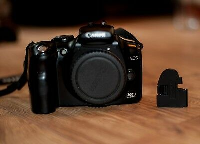 UK SELLER - Battery Door / Cover / Lid for Canon EOS 300D - FREE POST
