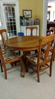 Vintage oak dining table and 5 chairs