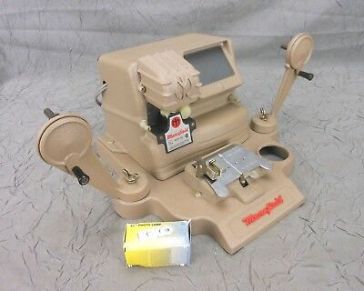 Mansfield Reporter 8 & 16 mm Model 950 Film Editor Viewer Working Clean USA